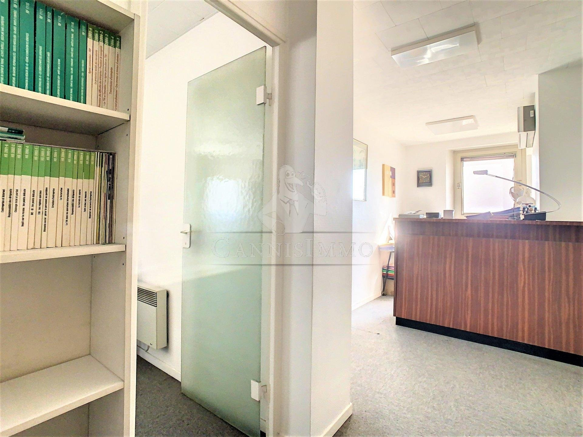Sale Office - Cannes