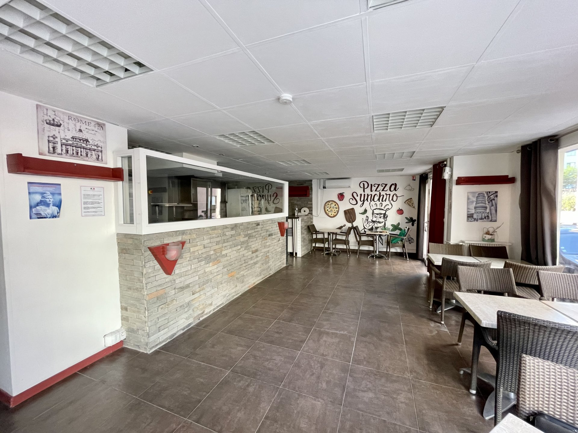 Commercial space 57 m² in the heart of Juan les Pins