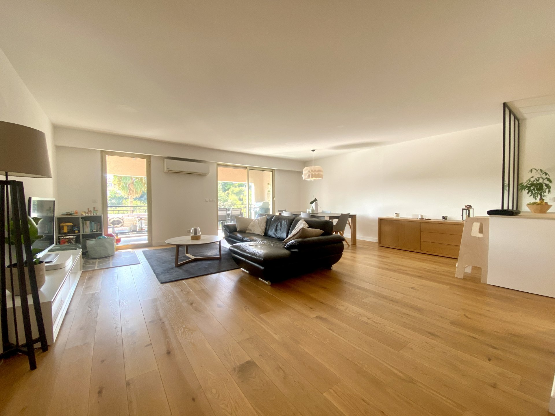 Nice Ouest - Magnifique 3P avec terrasse et garage