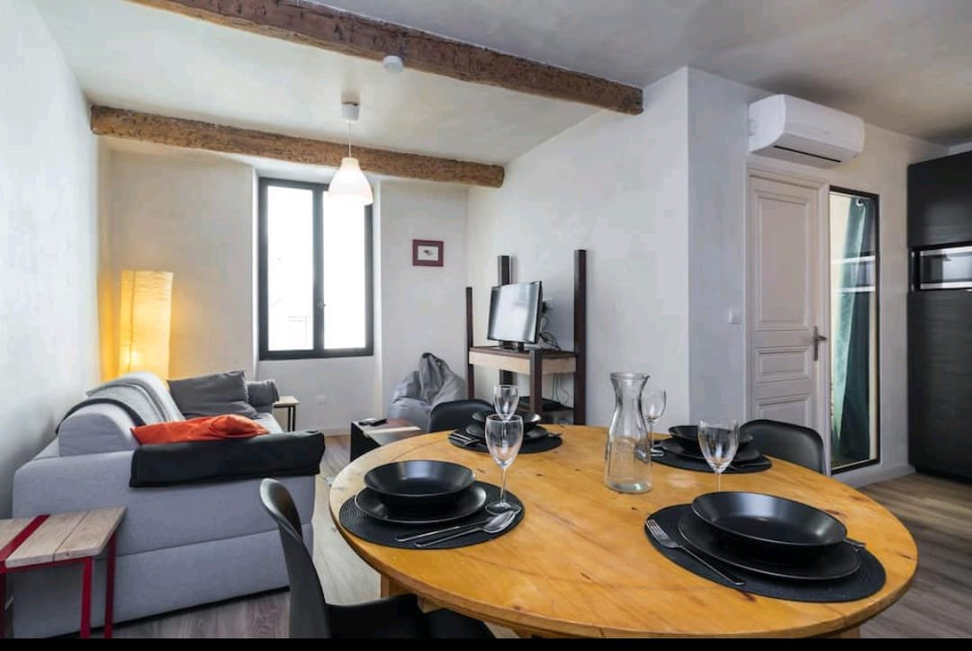 Colocation Vieux Nice - 3 pièces avec balcon - Idéal placement locatif !