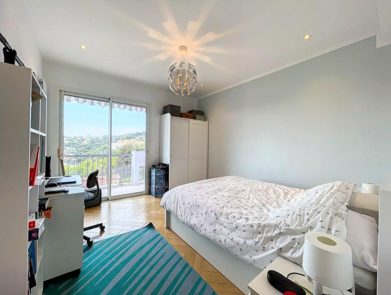 NICE CIMIEZ: Magnifique appartement 4pièces rénové