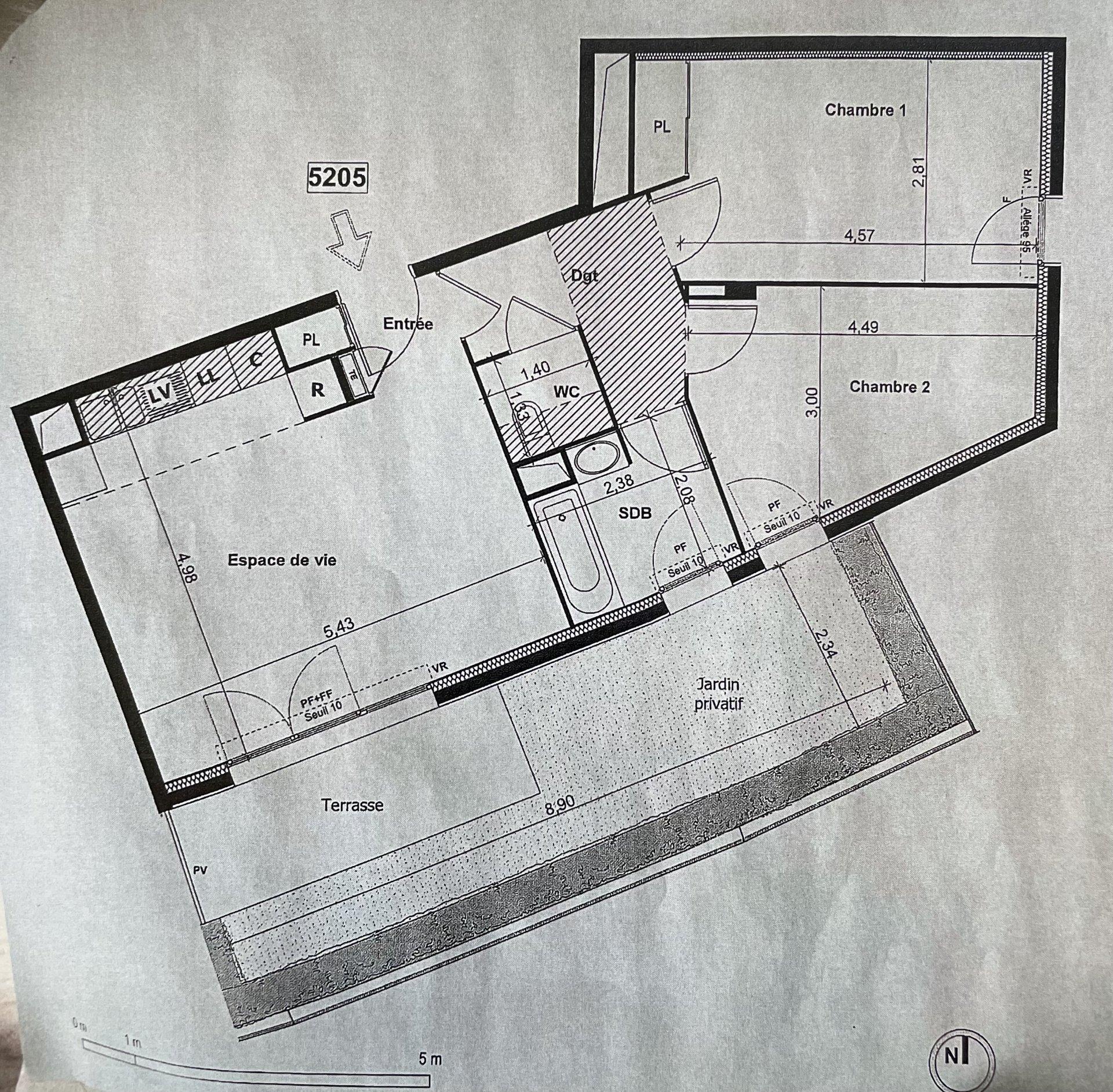Appartement 3 pièces avec jardin et parking