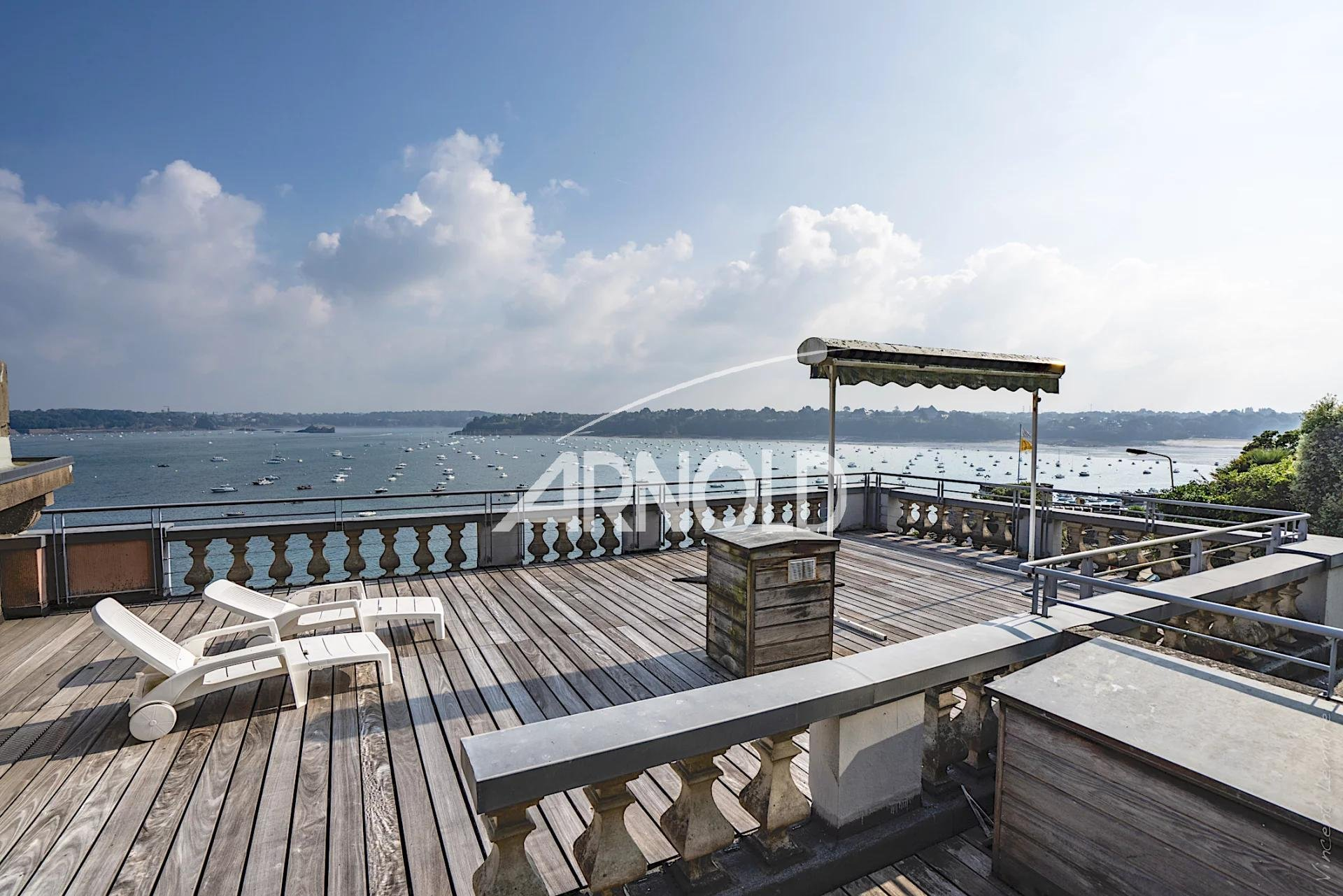 Villa centre ville à Dinard vue mer