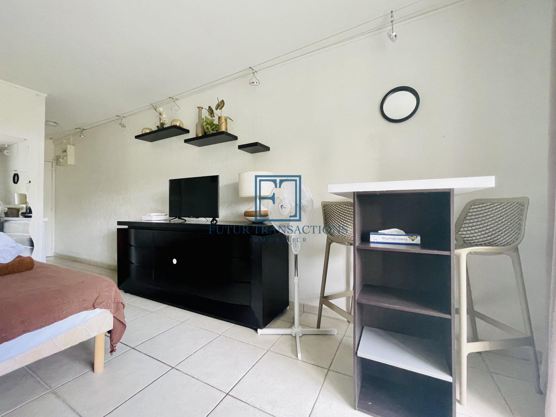 Superbe studio 28 m² vue mer Le Gosier