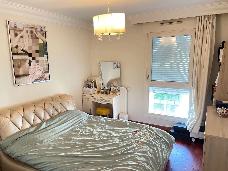 Sale Apartment - Paris 19th (Paris 19ème) Pont-de-Flandre