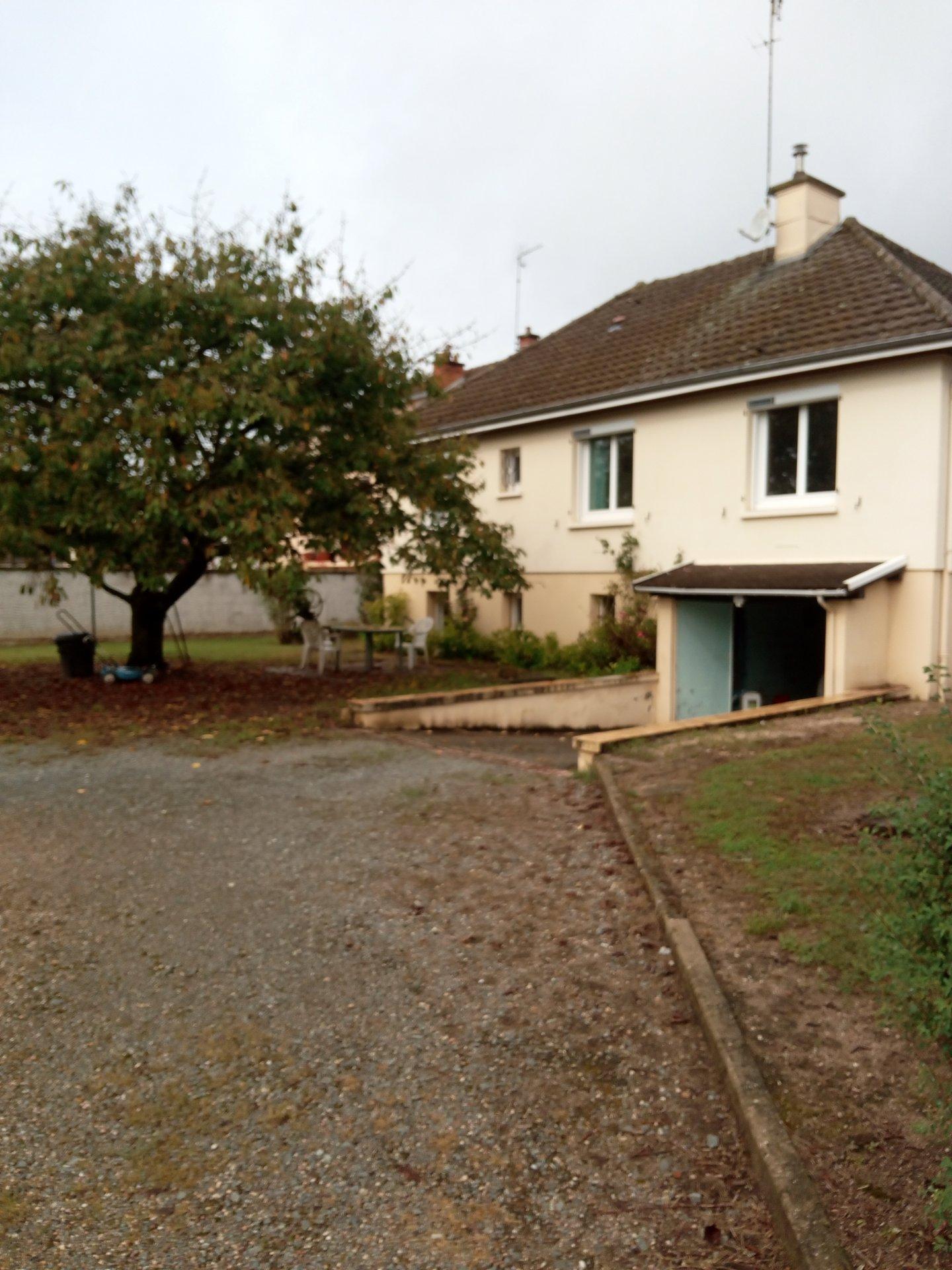 Location Maison de ville - Digoin