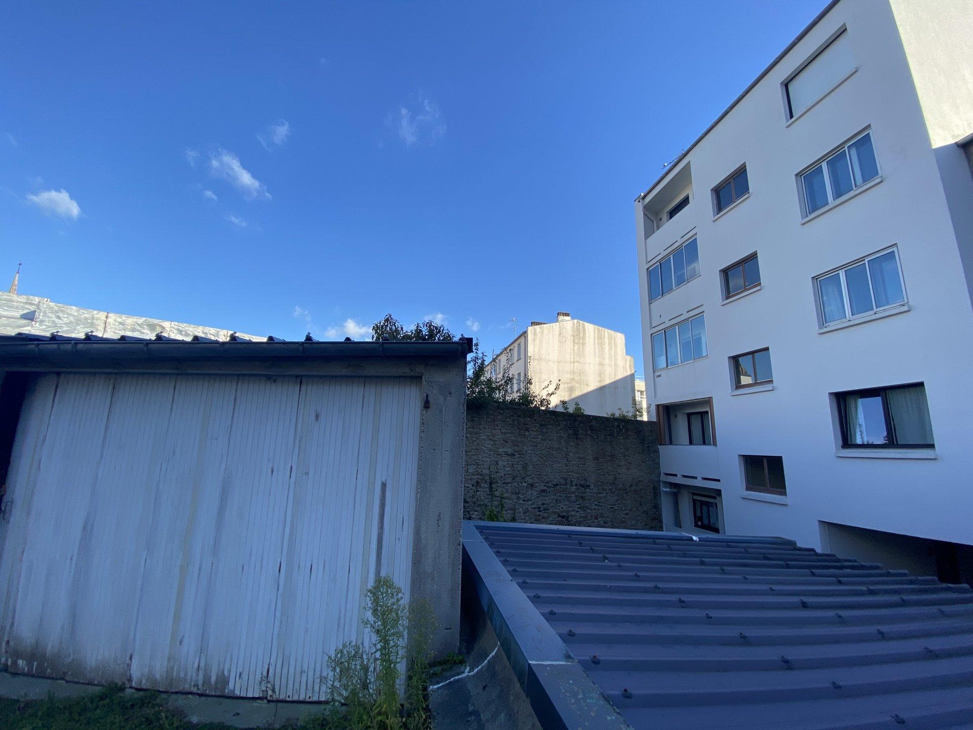 BREST  CENTRE - 3 CH -GARAGE