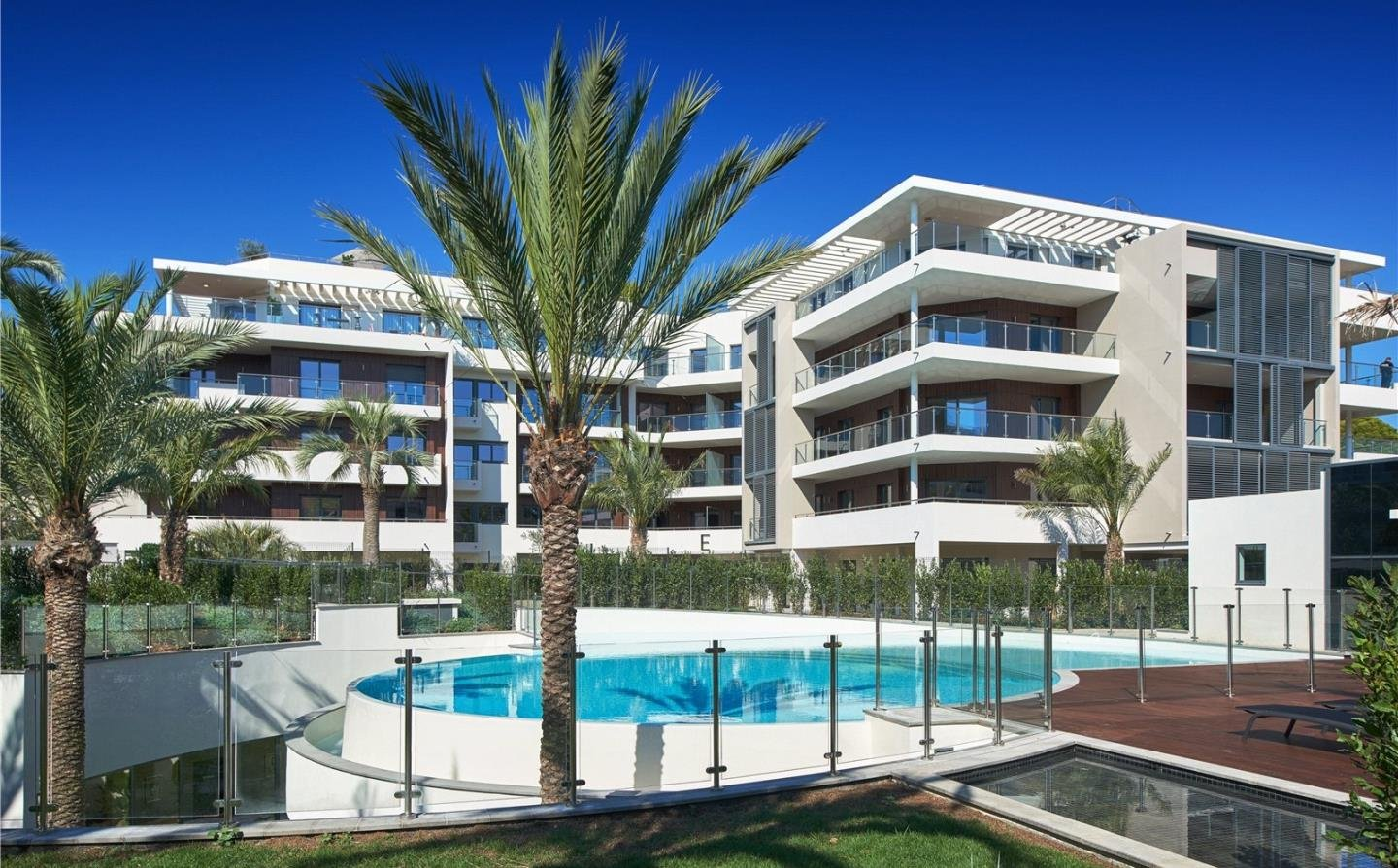 Cap d'Antibes - Apartment 3 bedrooms  with  2 terraces in exceptional residence