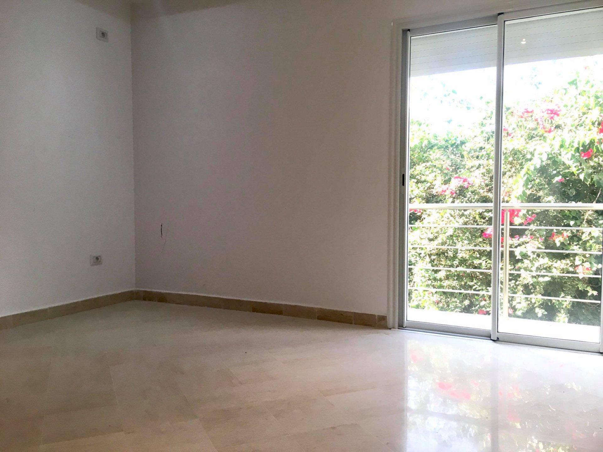 Location Appartement S+3 La Soukra