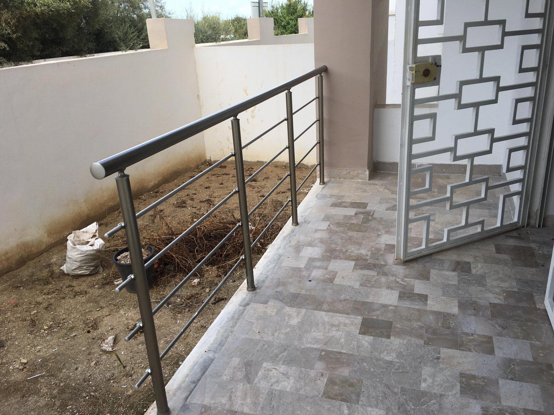 Vente Appartement S+2 Neuf avec jardin à La Soukra.