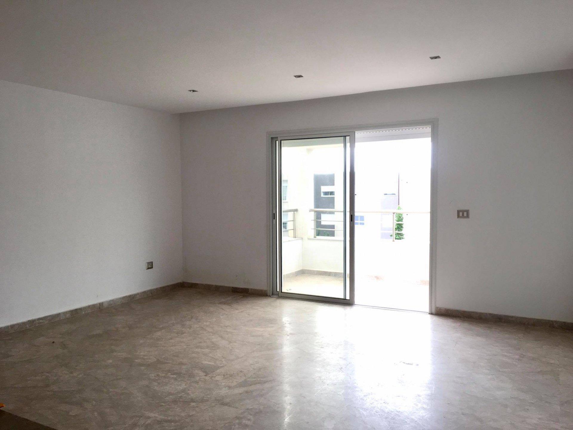 Location Appartement S+2 à La Soukra