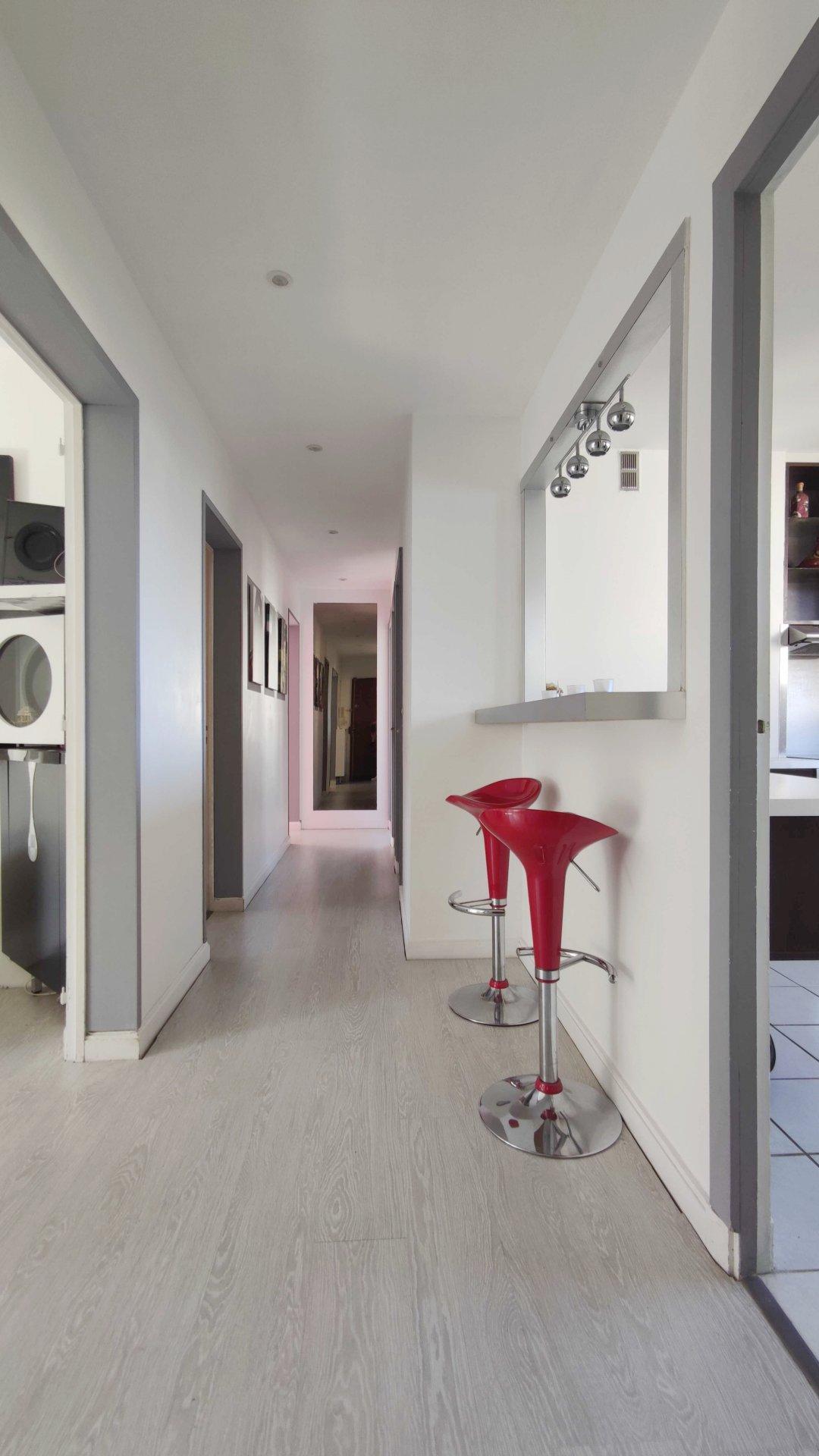 Sale Apartment - La Celle-Saint-Cloud