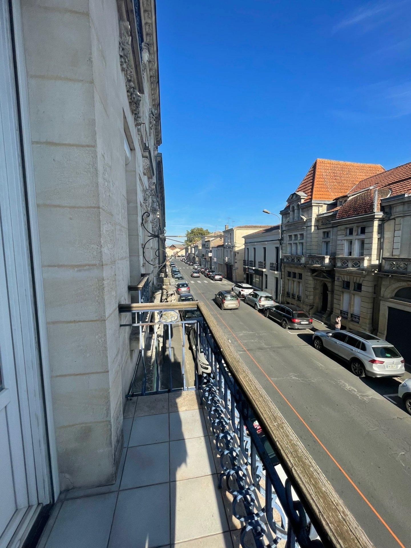 Immeuble de rapport centre ville ville bergerac 553 m²