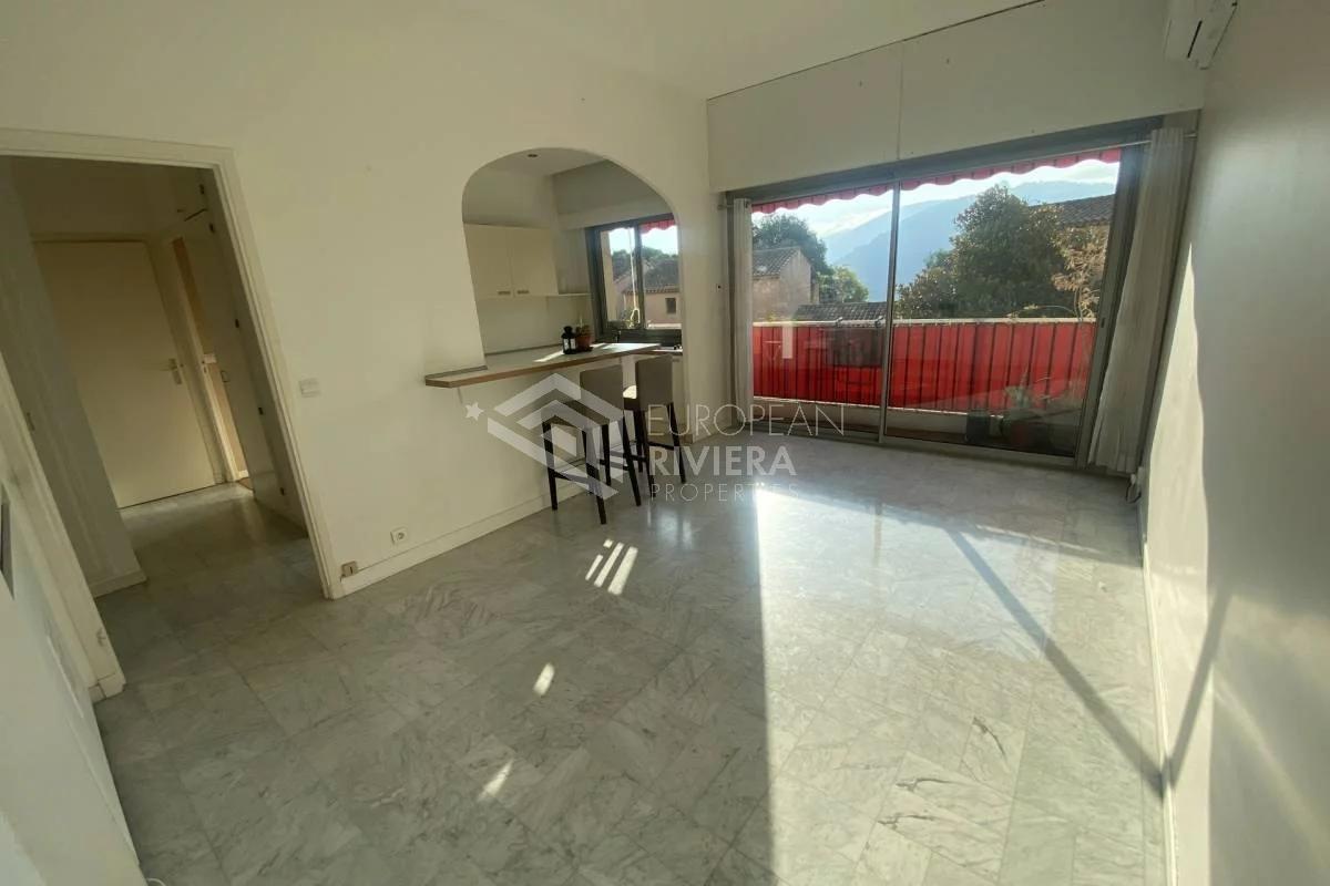 NICE CIMIEZ : Jolie 2P de 44 m² avec  balcon et garage fermé