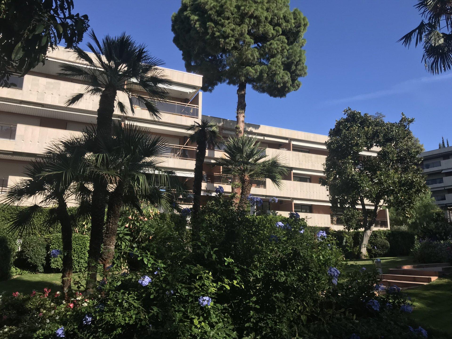 Verkauf Wohnung - Cannes Basse Californie