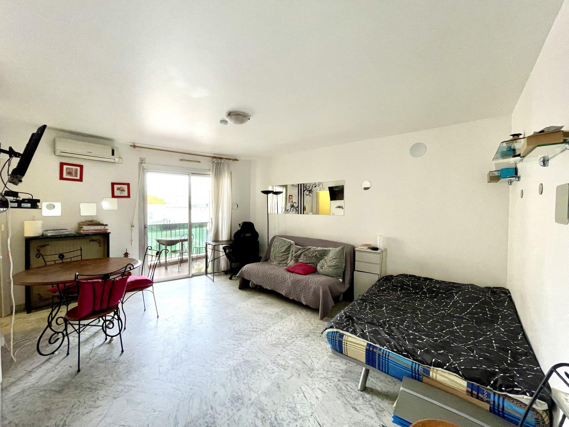Nizza Rue de France, appartamento di 30m² vicino alla Promenade des Anglais