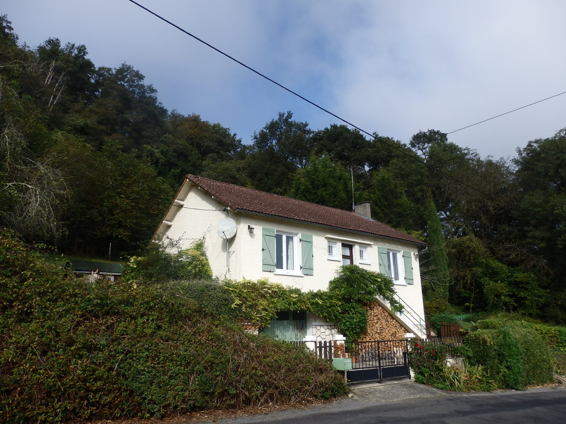 Country House with Excellent Views in Moussac - Vienne