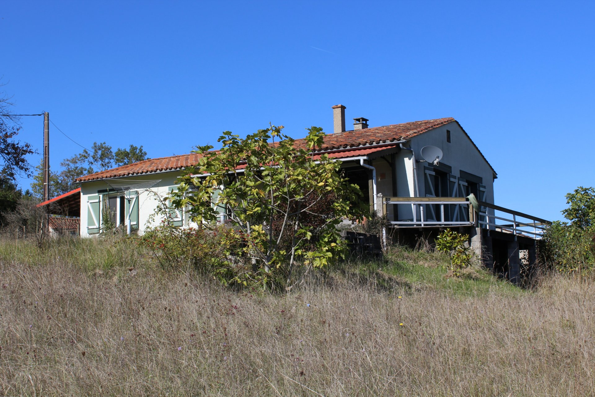 Two bedroom bungalow in a beautiful setting