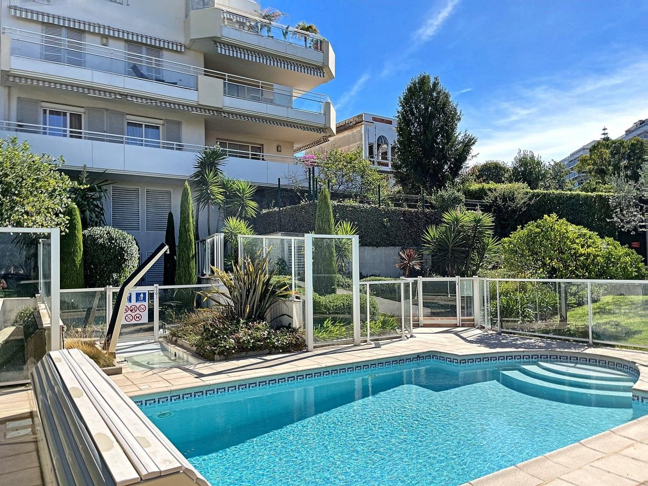 Appartement  2 Rooms 44m2  for sale   348000 €