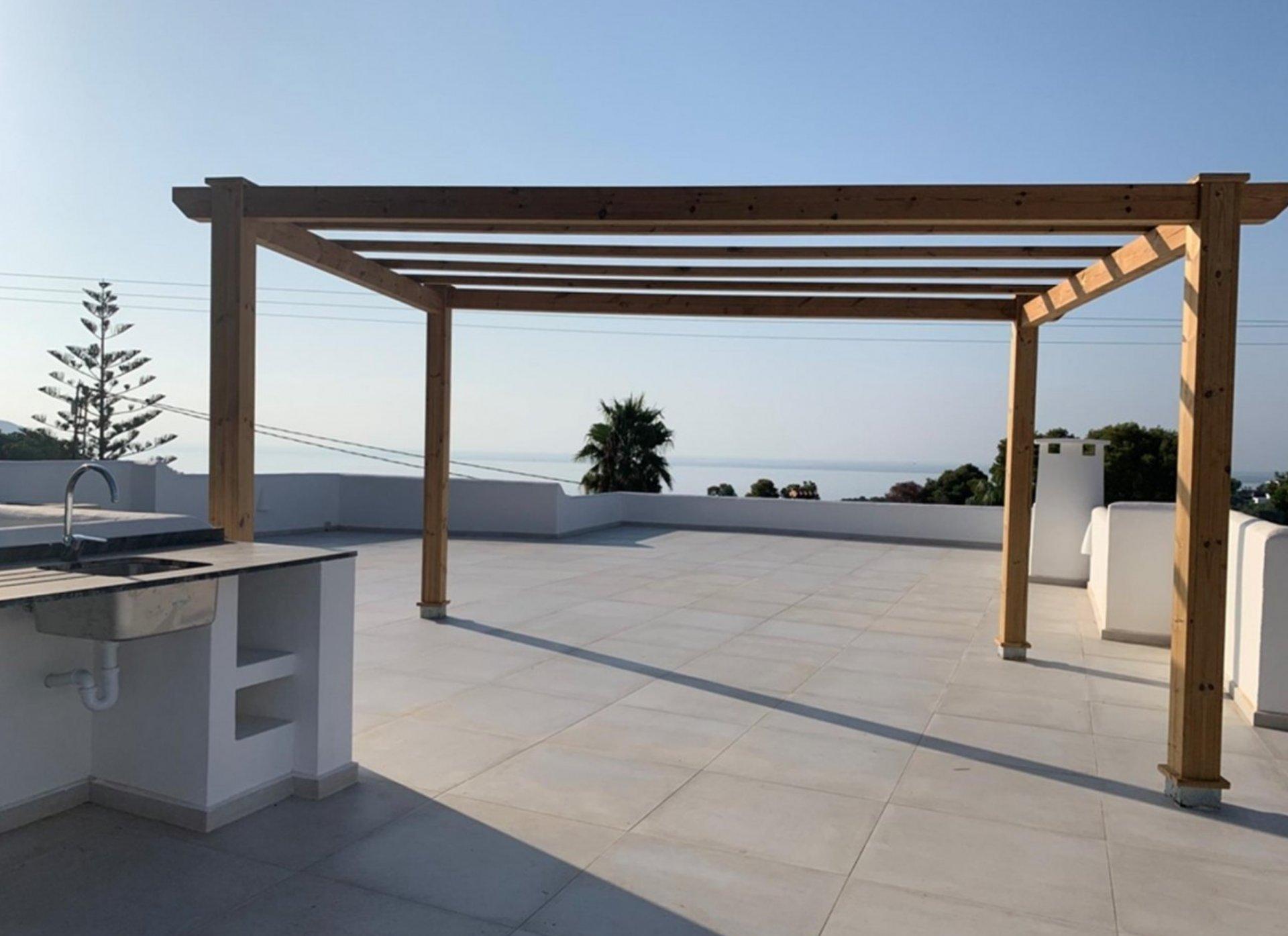 Villa in Ibiza-stijl met uitzicht op zee in Moraira