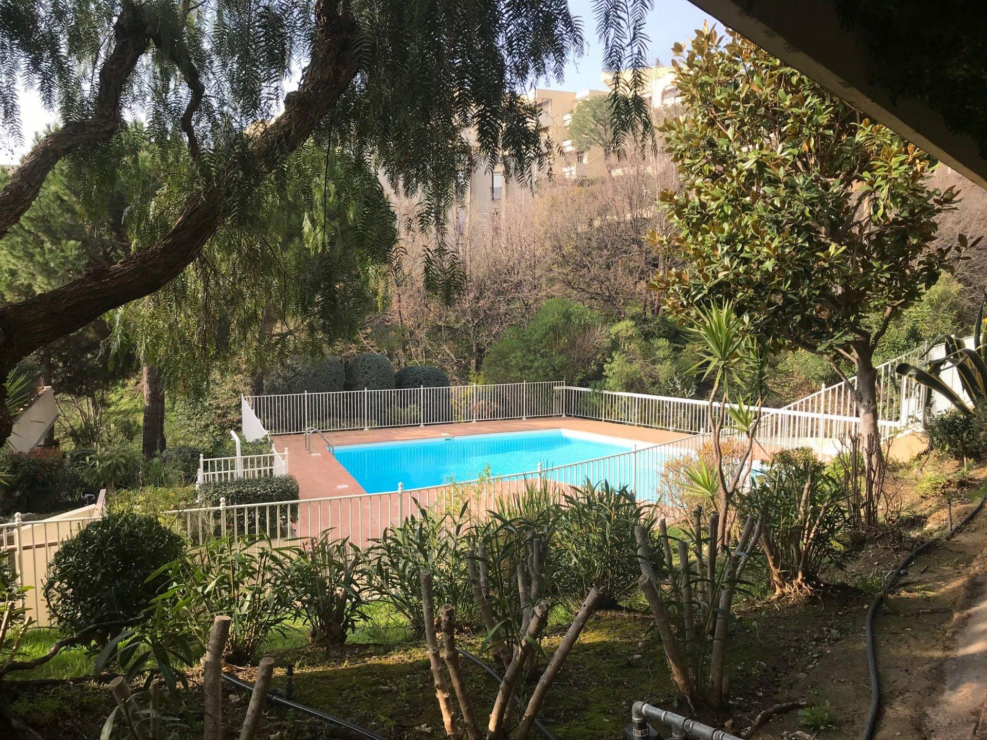 Studio meublé résidence avec piscine