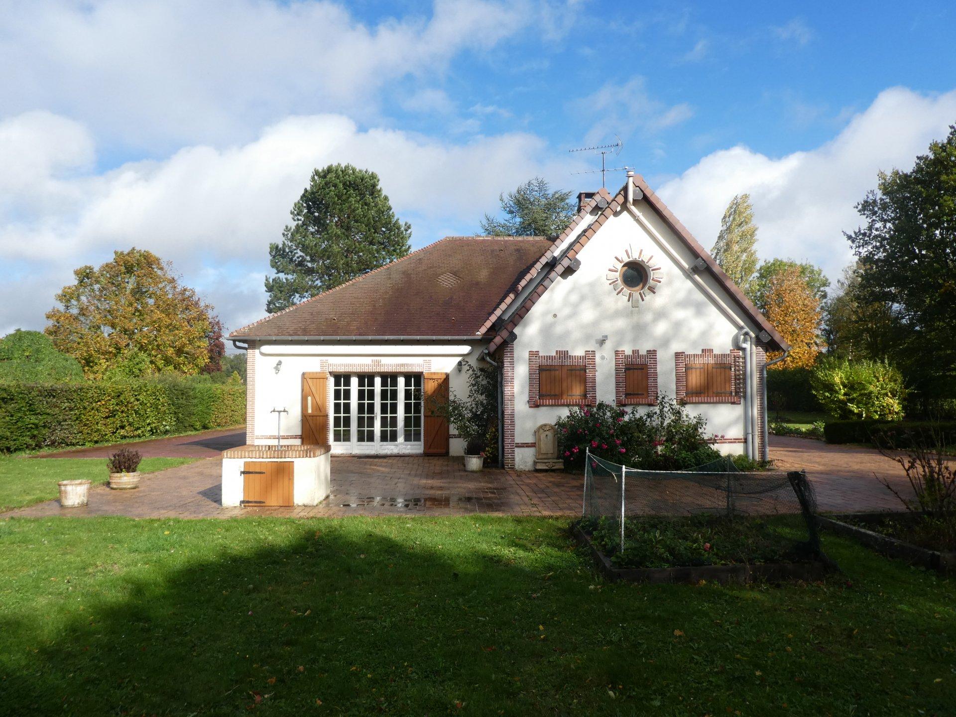 Rental House - Mesnils-sur-Iton