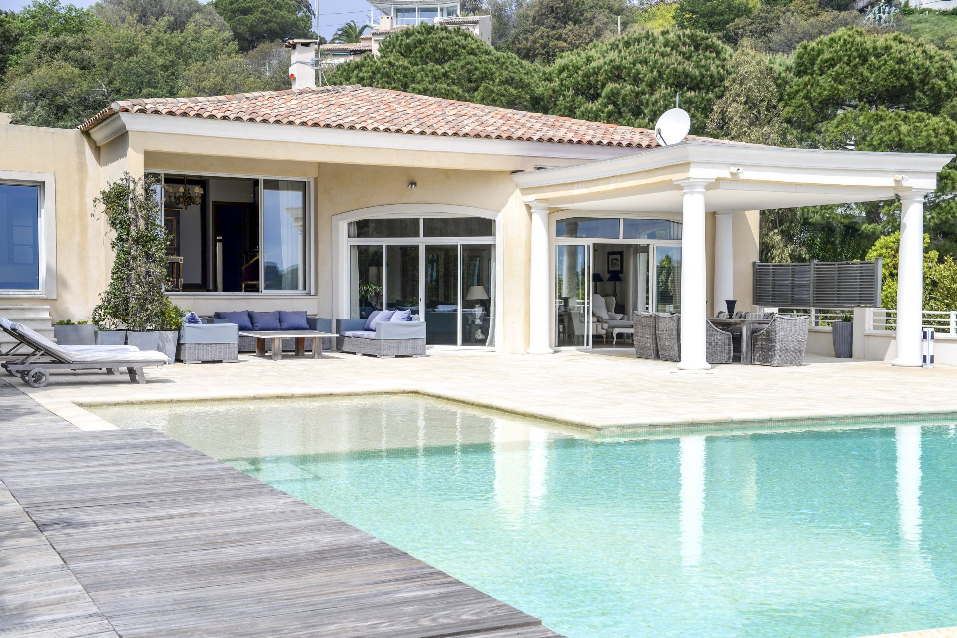VILLA CALIFORNIE - CANNES