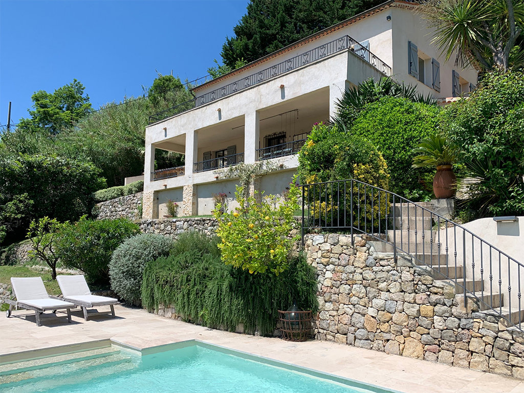 For sale - Le Bar sur Loup, 5 bed renovated Villa with Stunning Views