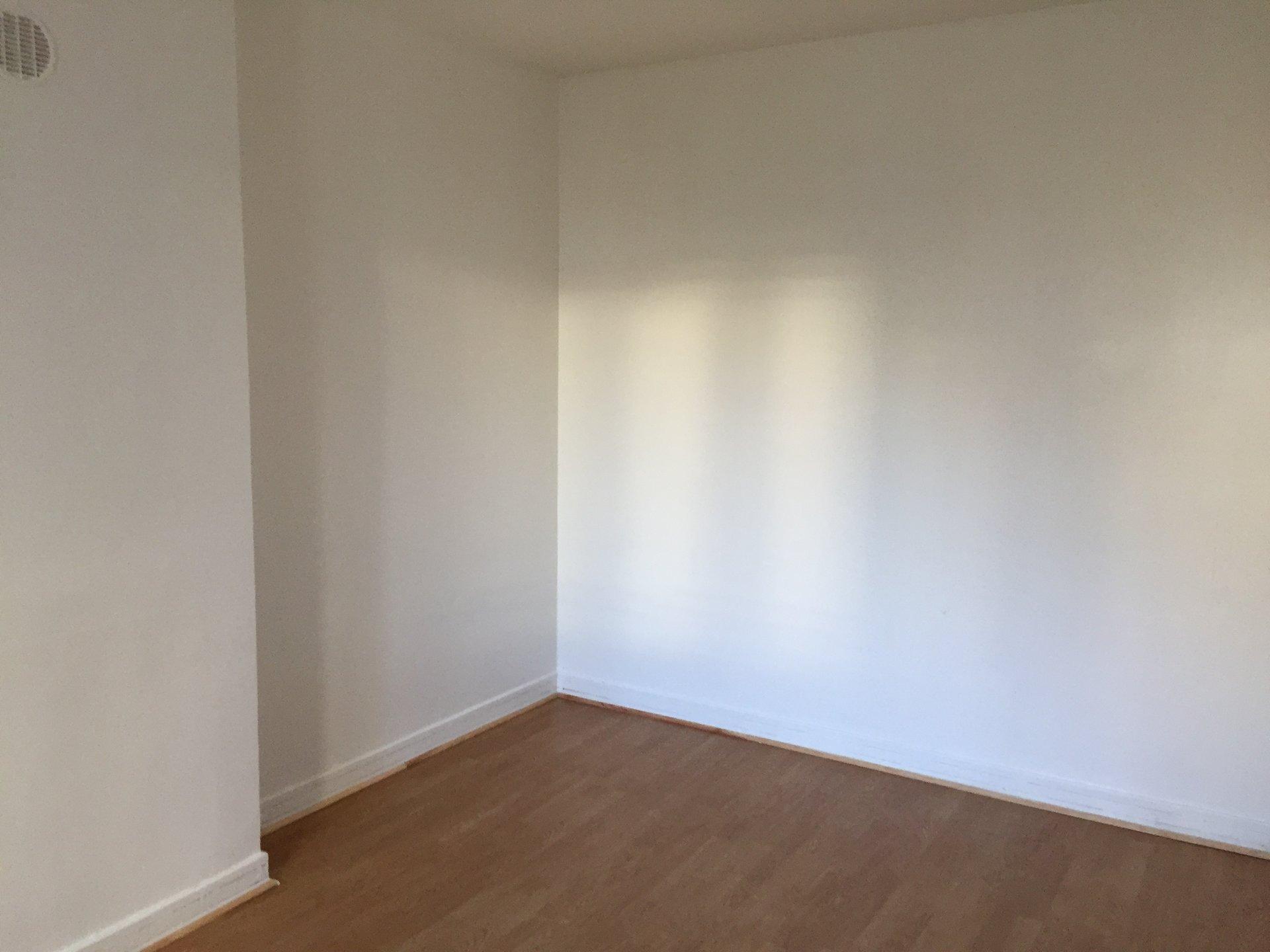STUDIO ARCUEIL 21.80M²  vendu occupé LA VACHE NOIRE