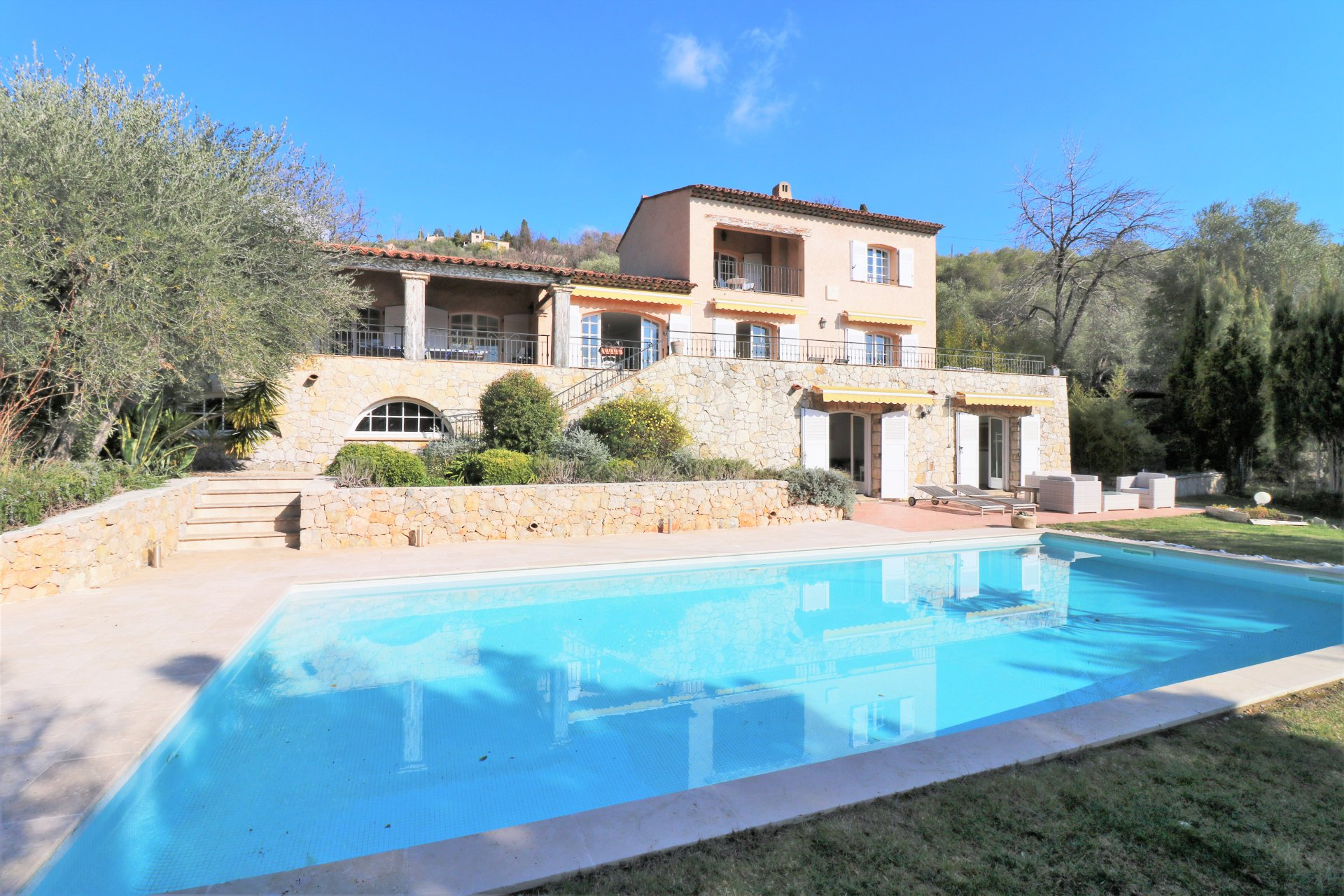 Traditional Villa, Quiet setting with beautifully landscaped gardens
