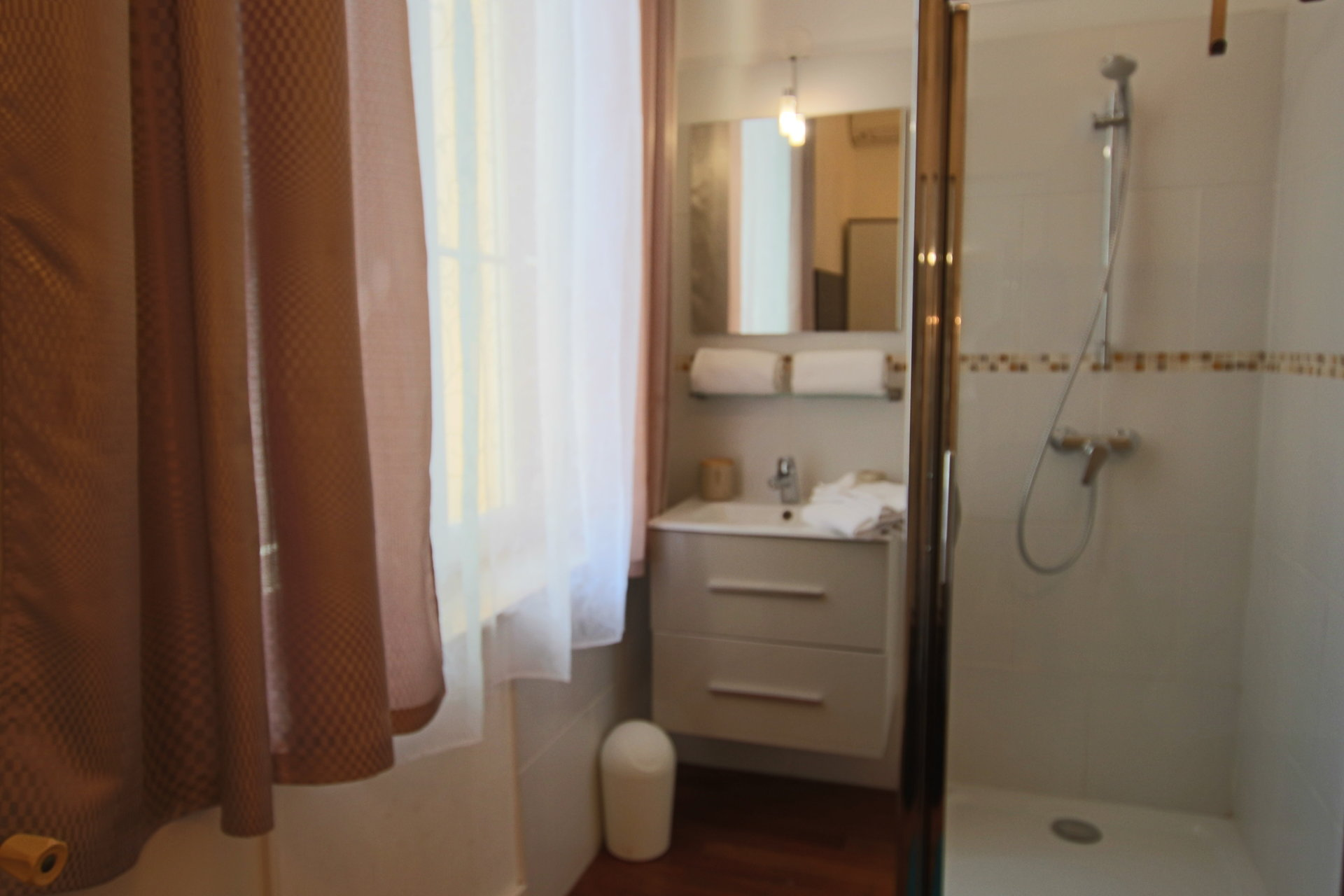 Appartement 8 personnes (Cannes Suquet)