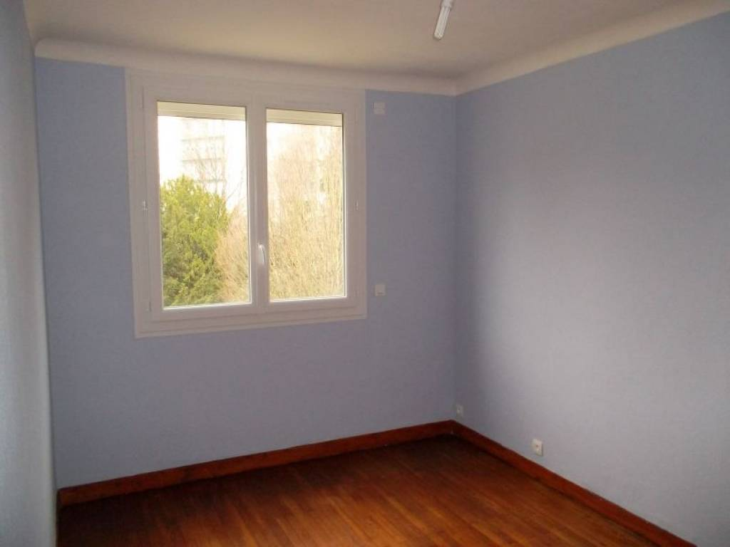 Nantes proc appartement t2 de 42m for Appartement design t2