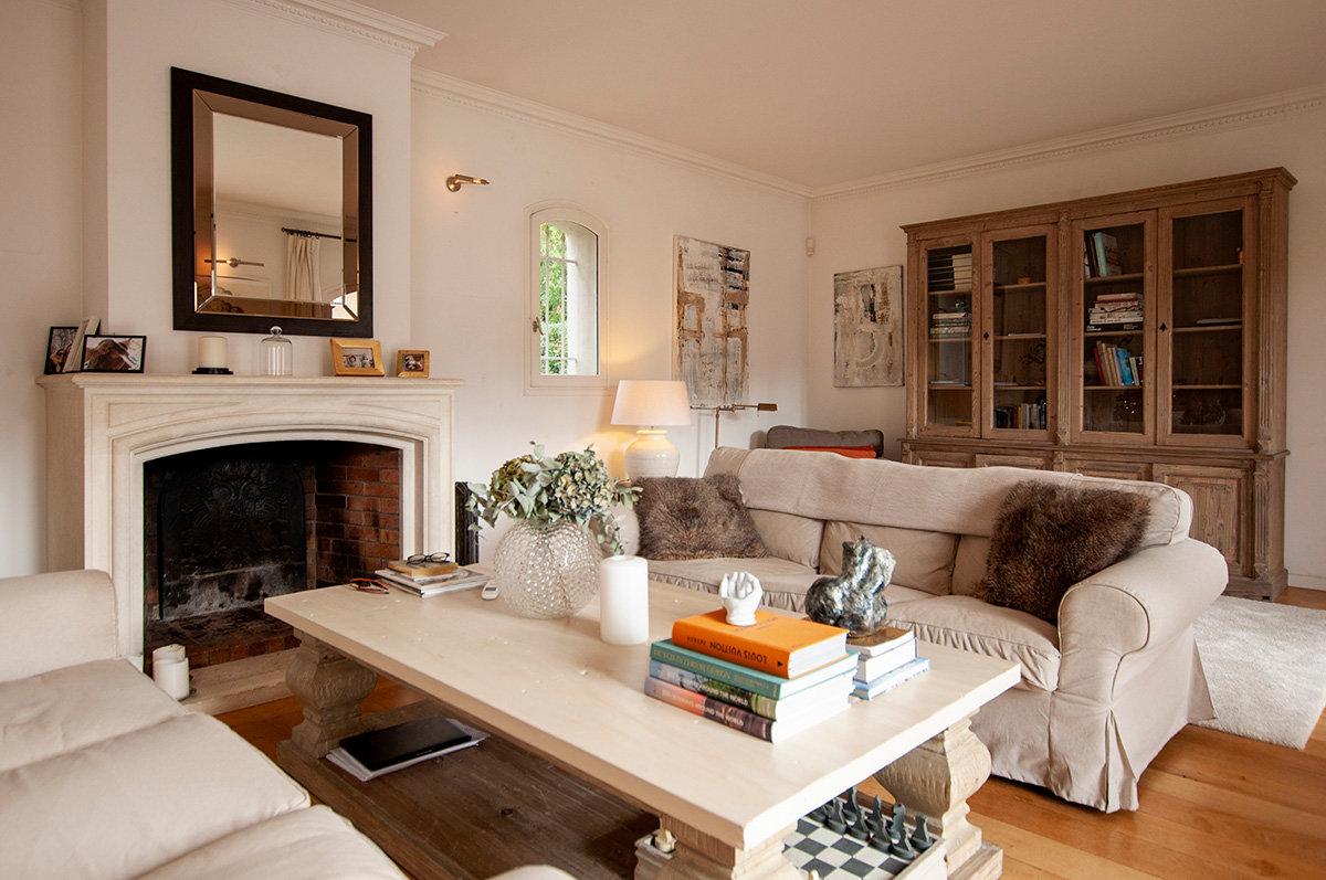 5 Bed Beautifully Renovated Villa Close to Valbonne