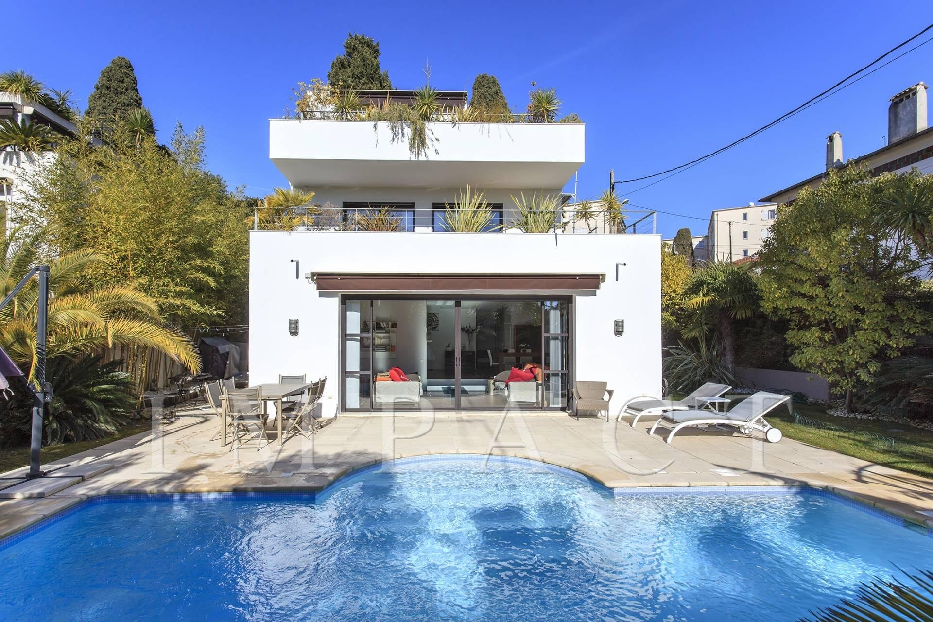 Modern Villa to rent in Cannes