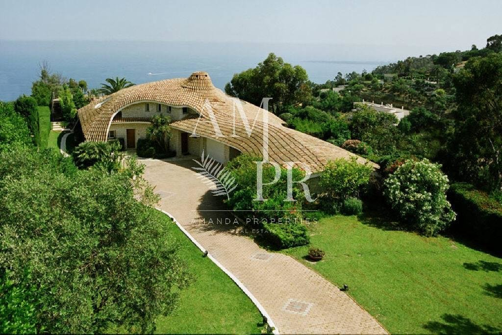 Contemporary Villa Super Cannes  Panoramic sea view