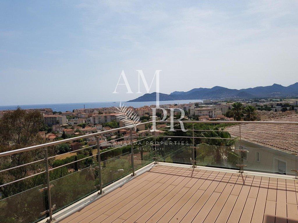 Villa / Immeuble vue panoramique