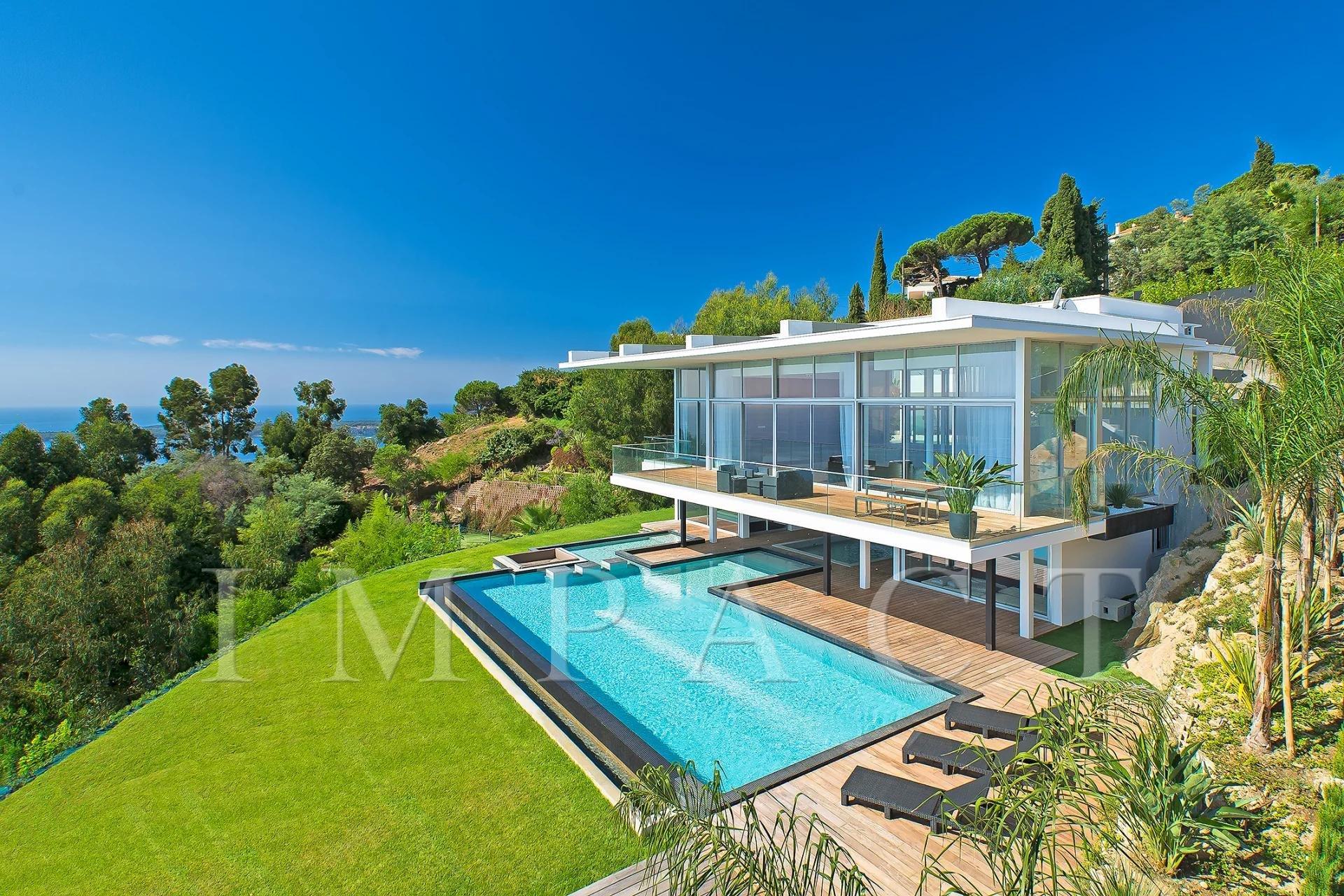 Villa d'architecte à vendre - Super Cannes
