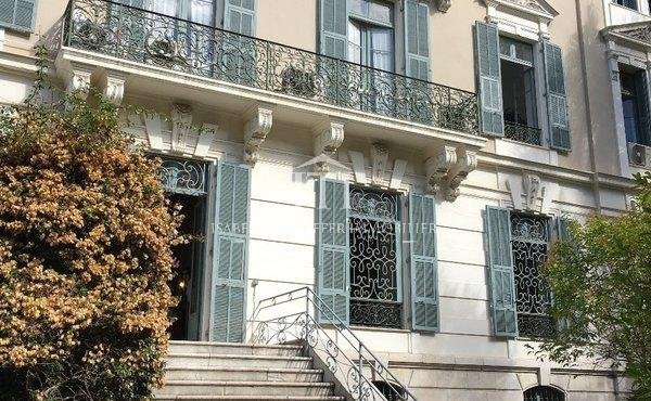 ON FRENCH RIVIERA - NICE CARRE D'OR