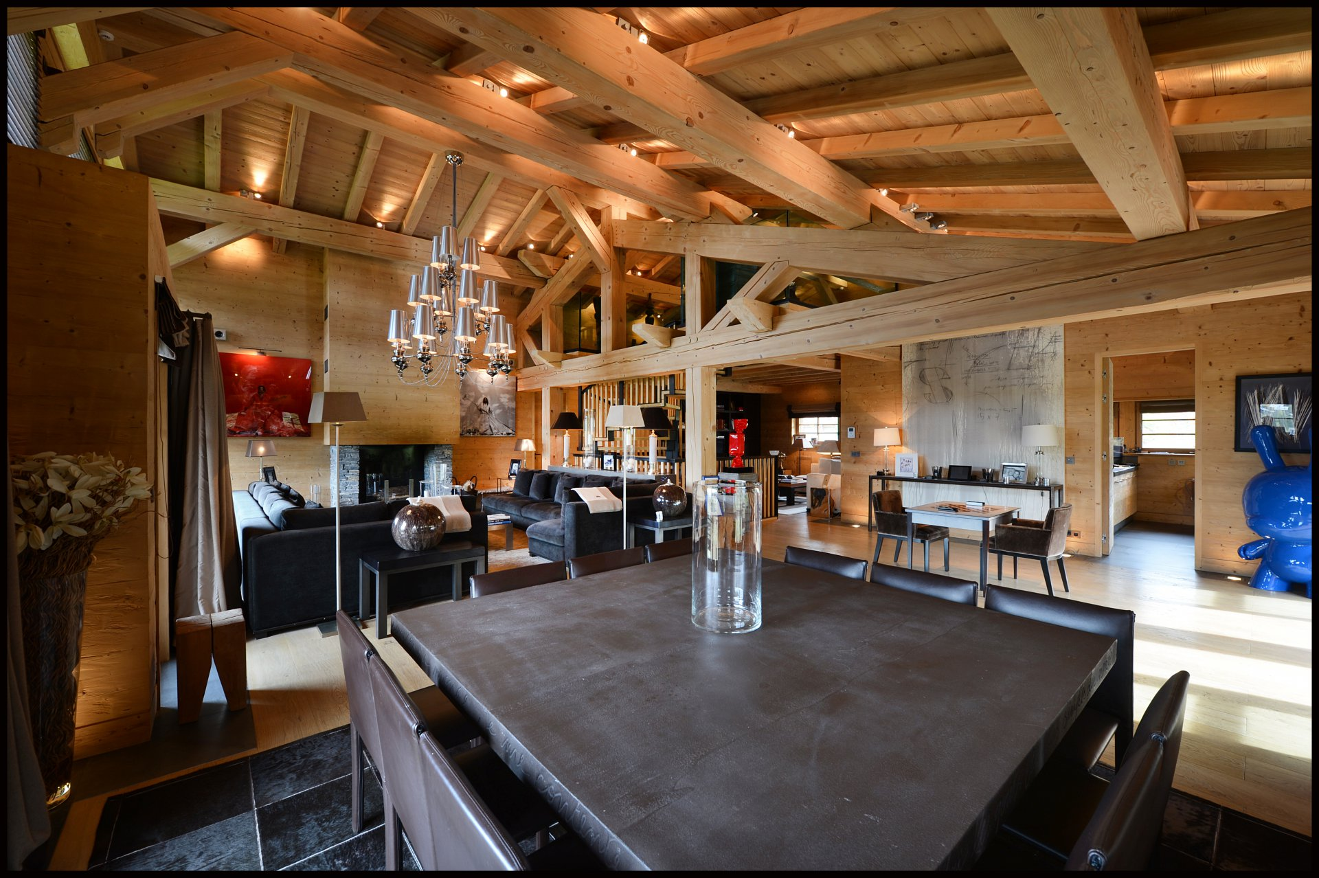 Photo of Stunning chalet ski-in/ski-out - La Cry