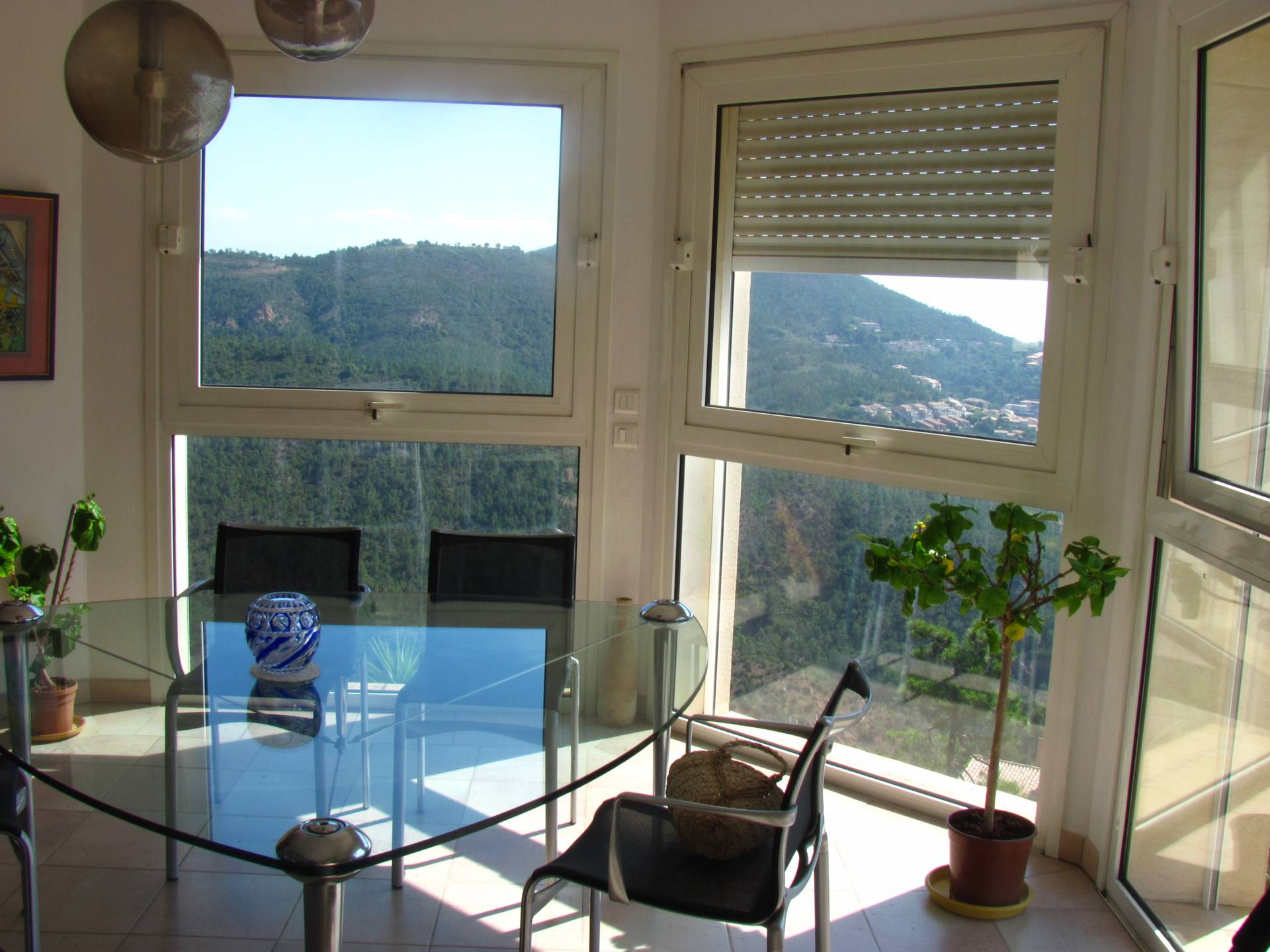 VILLA 5 rooms  209 m² with panoramic sea view