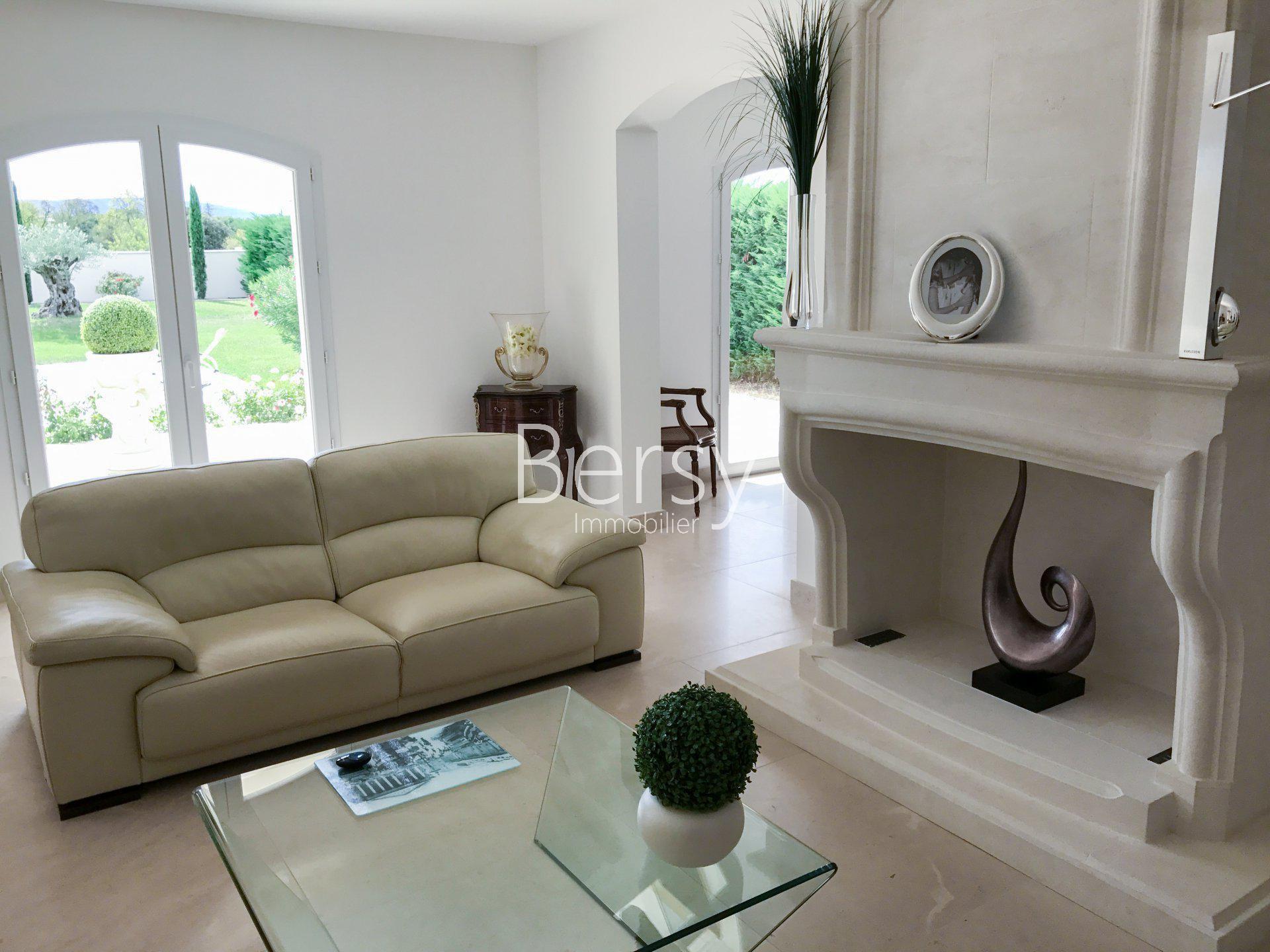 TROP TARD, C'EST VENDU ! - EXCLUSIVITE - Villa Exceptionnelle - Prestations Haut de gamme - PERNES LES FONTAINES