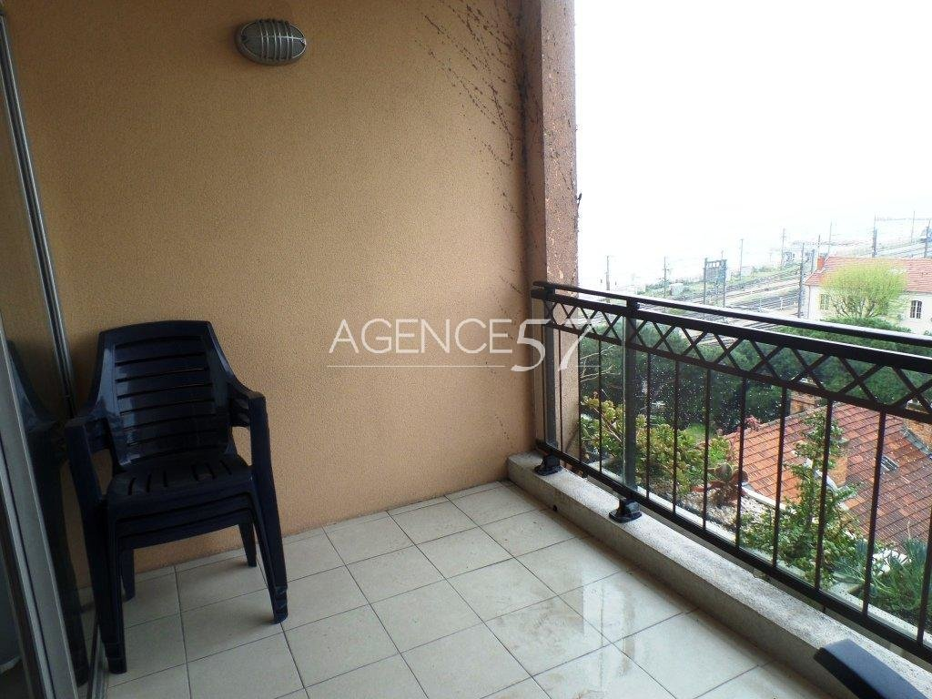 APPARTEMENT 2 PIECES CANNES LA BOCCA