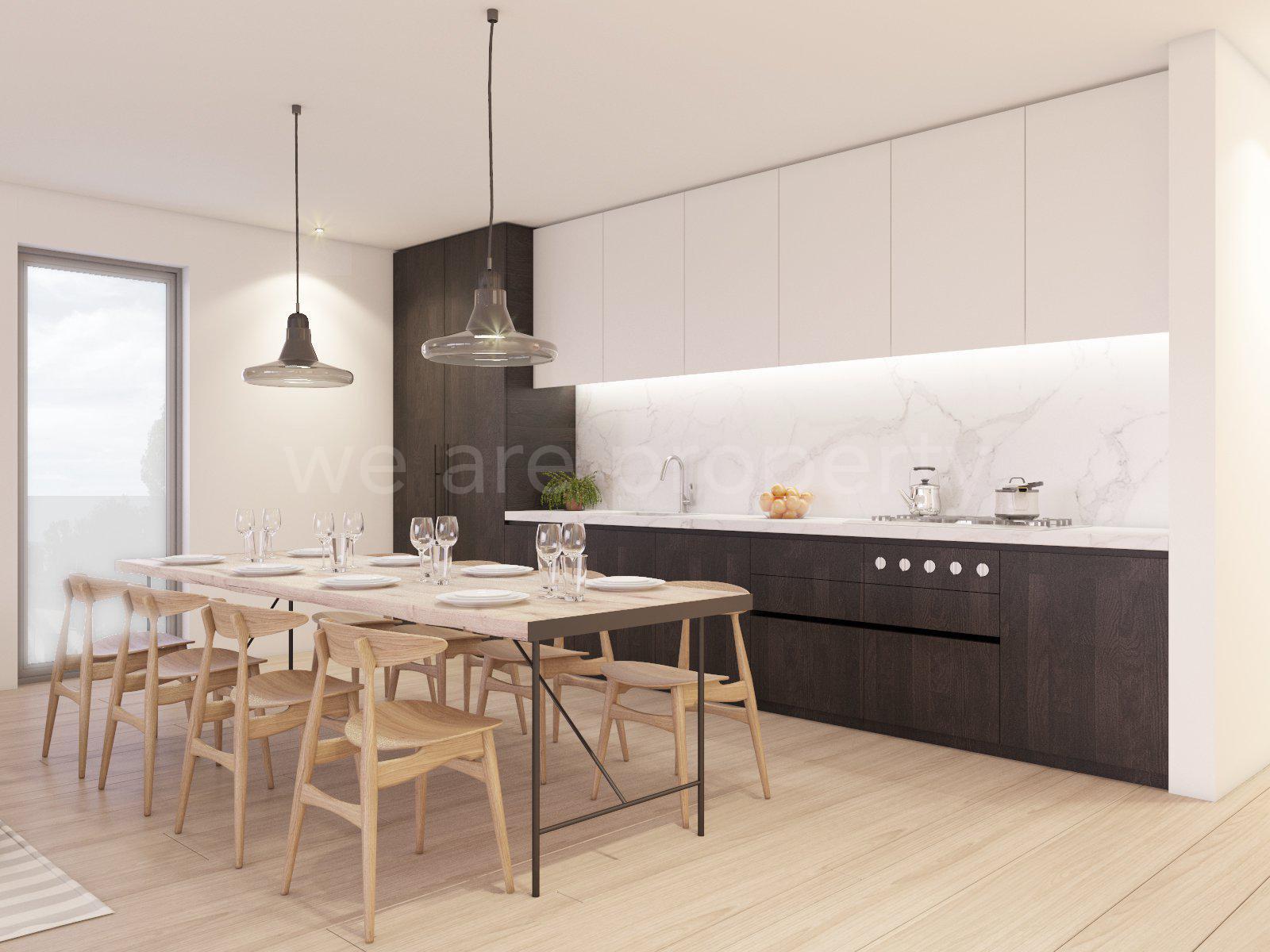 Natural light, kitchen bar