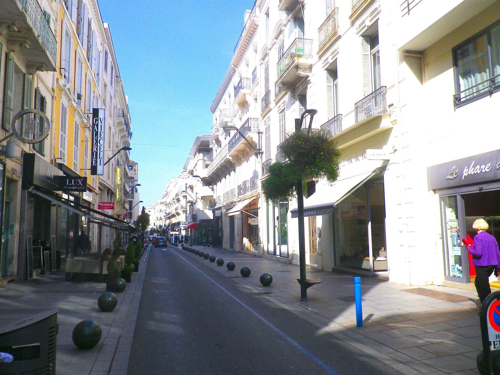 Apartment for 6 persons ( Rue d'Antibes )