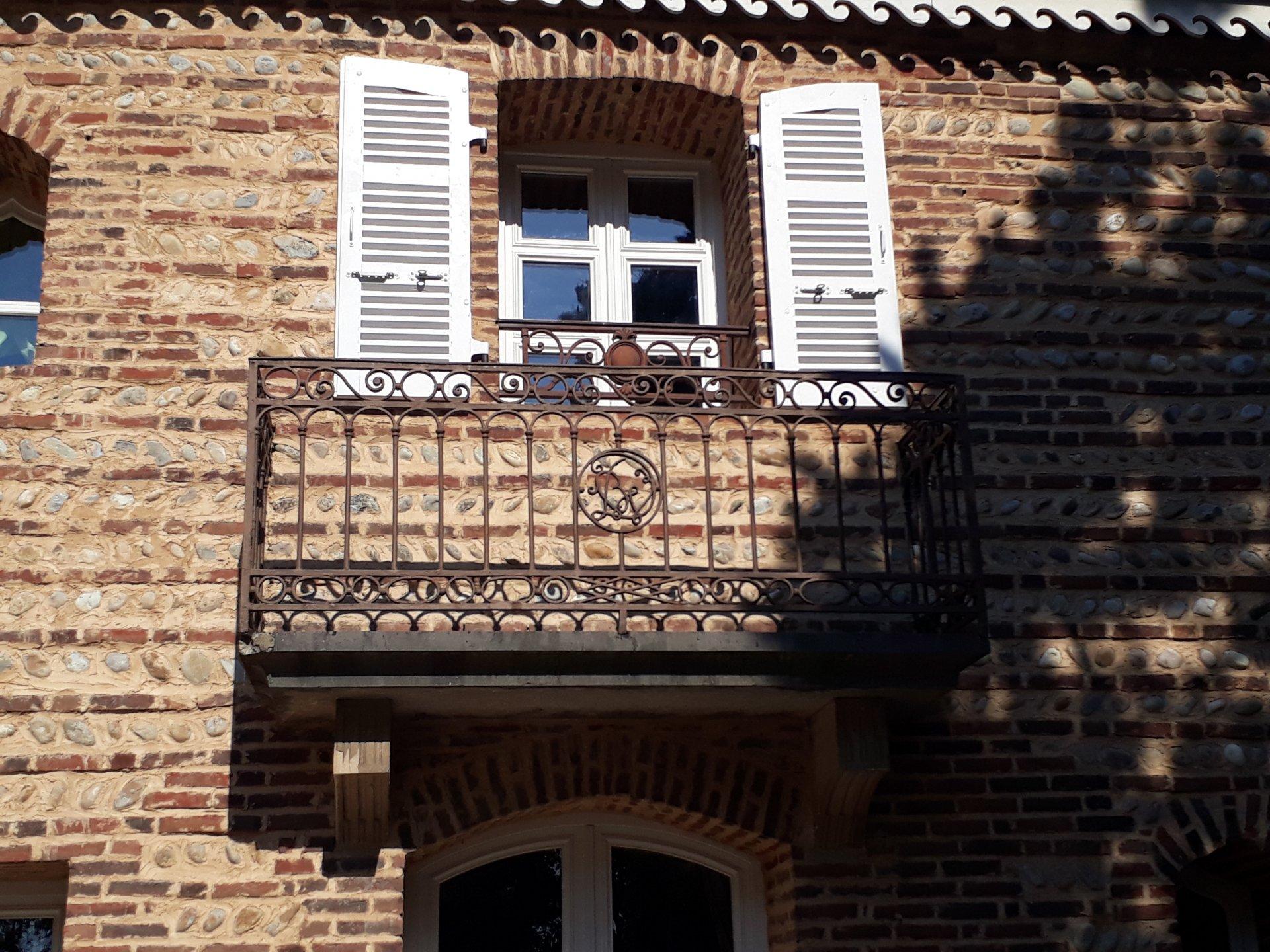 AIN Exceptionnel Chateau restauré