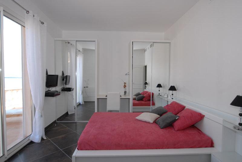 VILLA of 296 m²  with sea view fantastic !