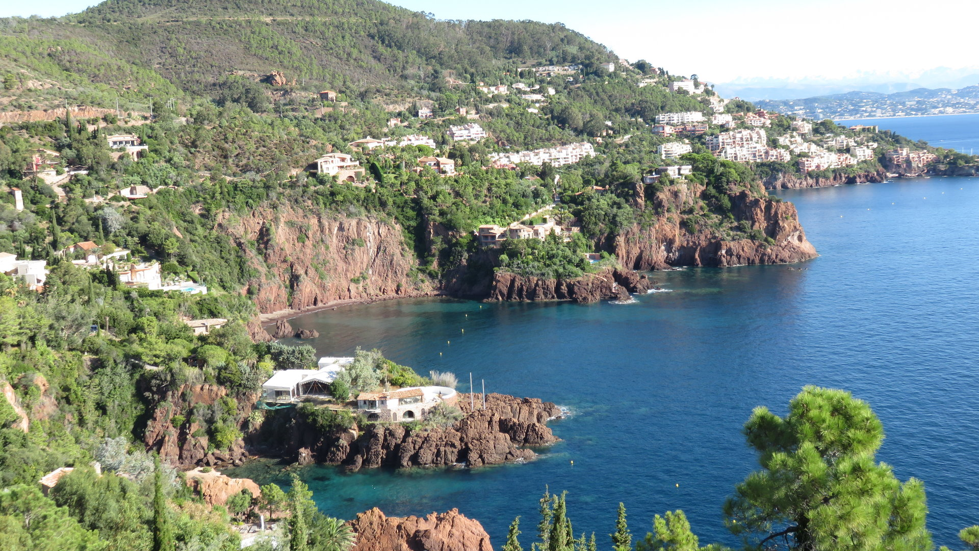 2 Apartments 296 m²  with sea view fantastic !