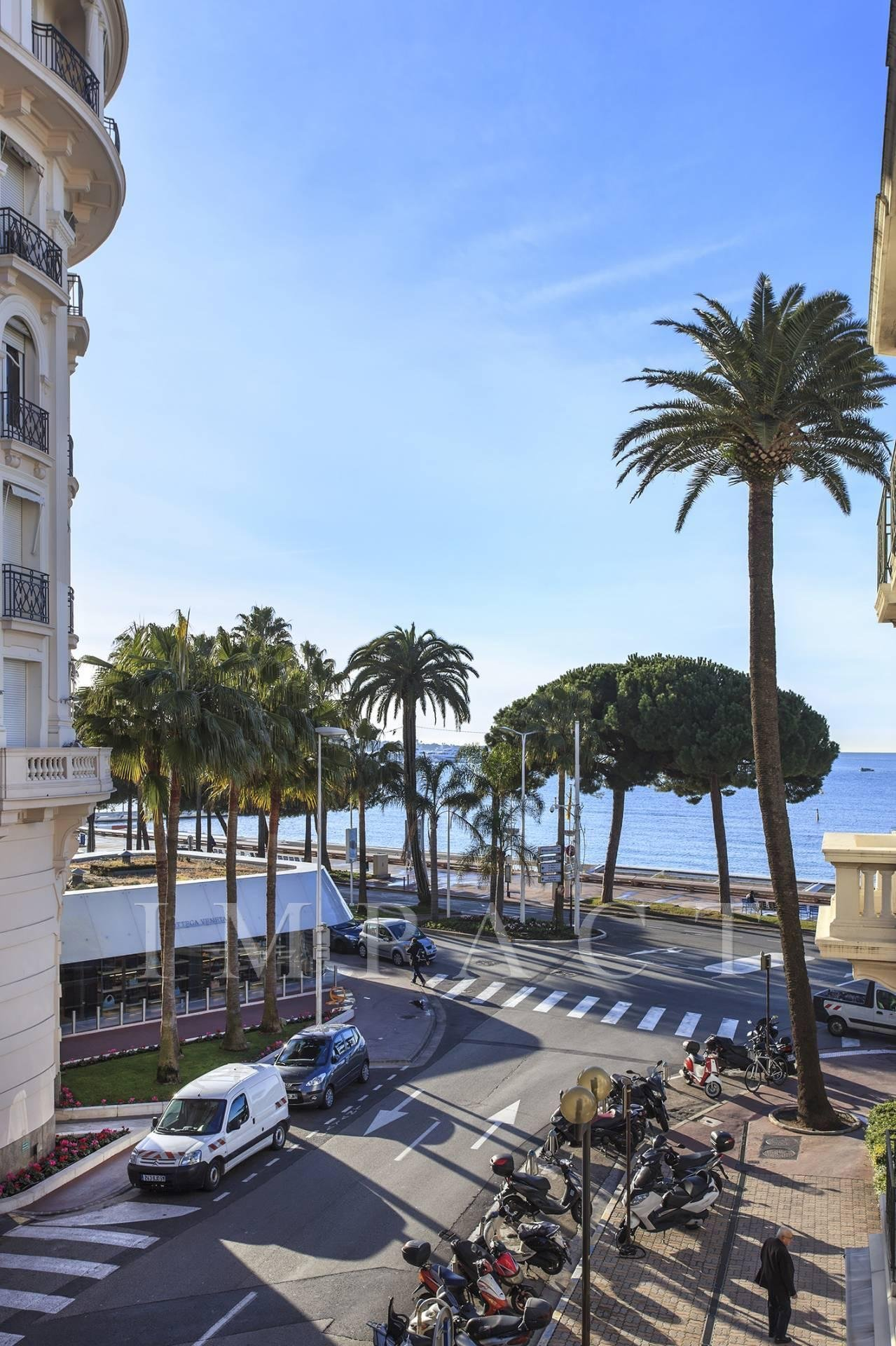 Apartment on the Crosiette to rent, Cannes