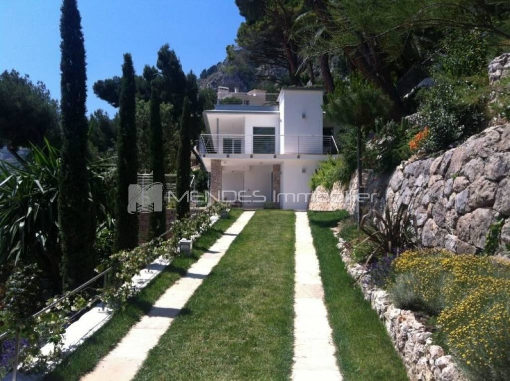 Renovated villa in Roquebrune Cap Martin and 300 meters from MONACO