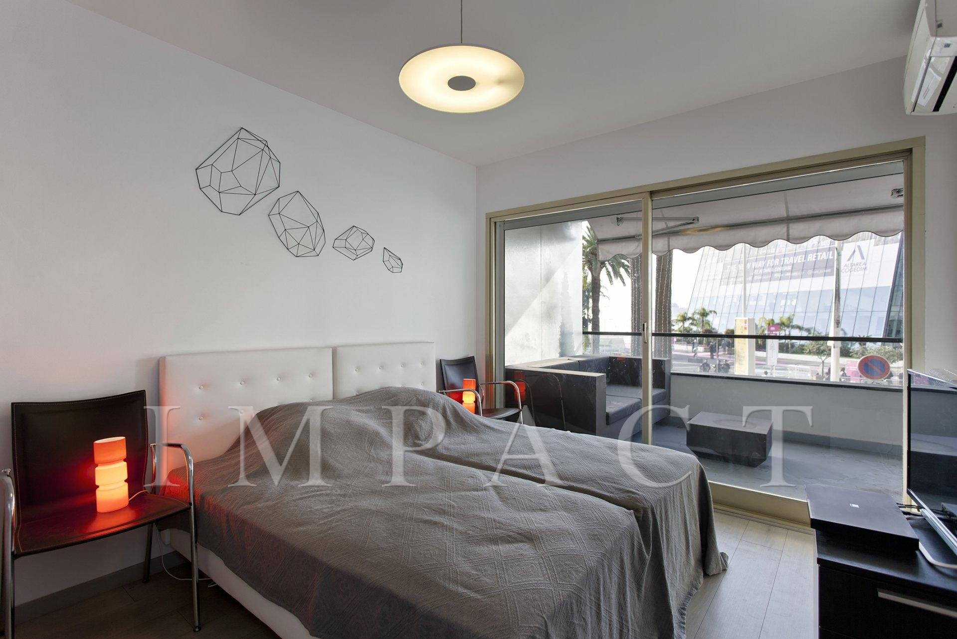 Apartment in front of Palais in Cannesto rent